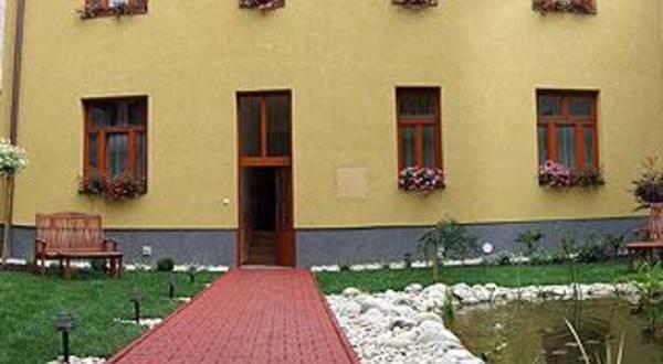 TOP Penzión | Penzión Hradbová Košice centrum
